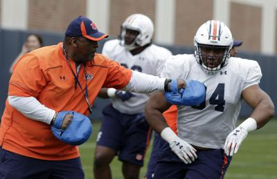 Auburn lands five-star defensive tackle commit for 2021 class