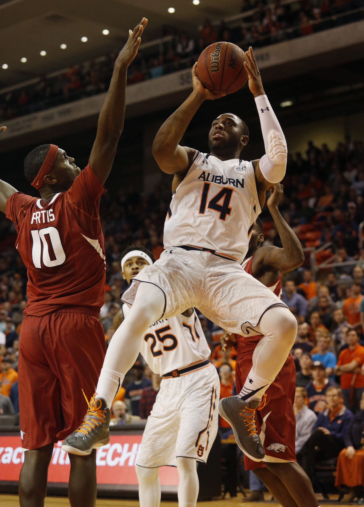 Antoine Mason carrying on for ailing father, team | Auburn ...