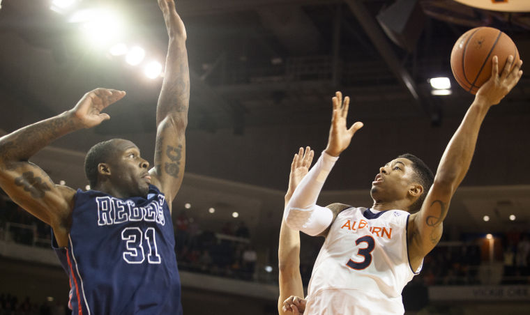Image result for Auburn vs Ole Miss basketball pic