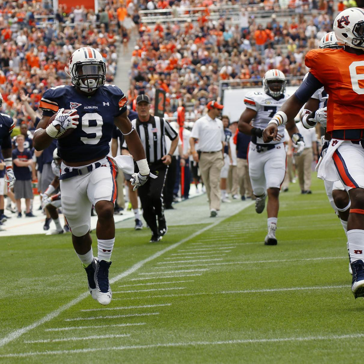new arrivals 8f4a3 dbad8 A-DAY NOTEBOOK: Roc Thomas stands out among running backs ...