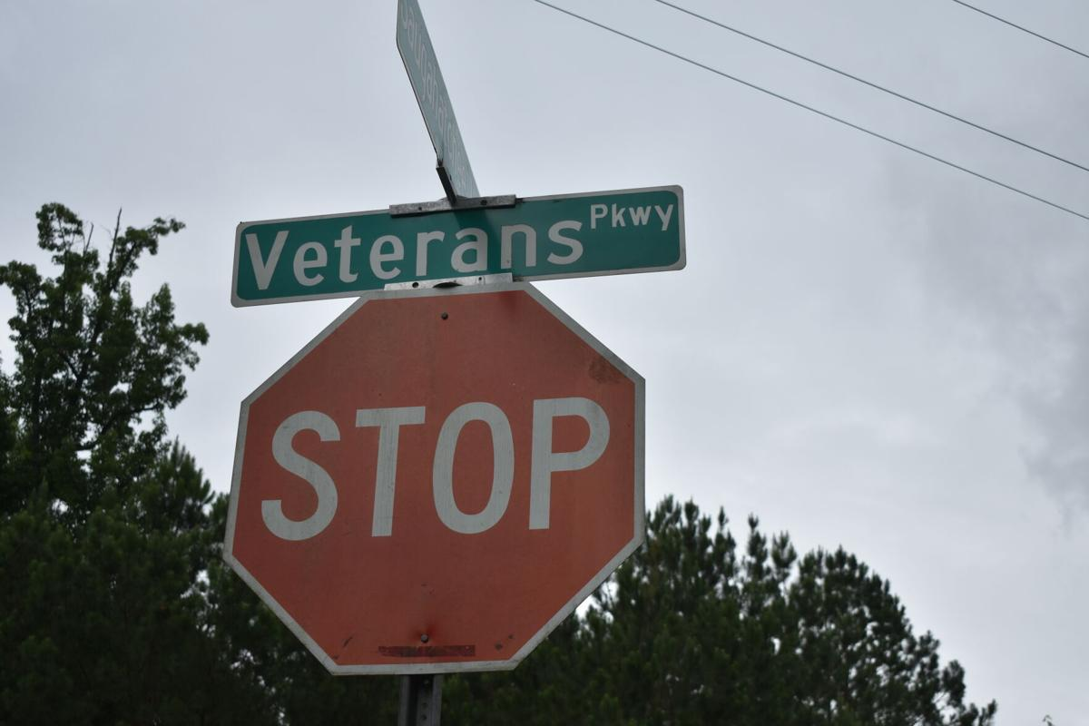 Veterans Parkway.JPG