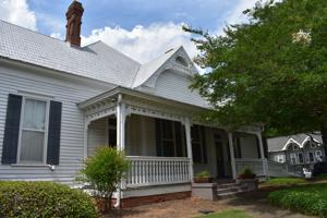 Auburn City Council seeks private investors to fund historic home relocation