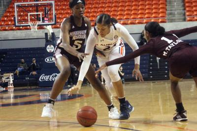 AU Womens Basketball 2-21 loss.jpg