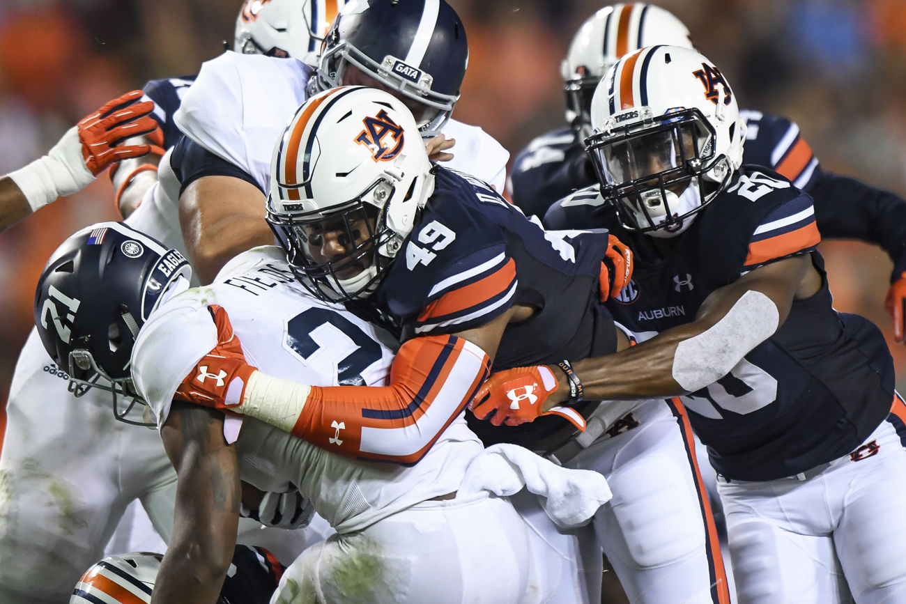 After slow offensive start, Auburn routs Georgia Southern