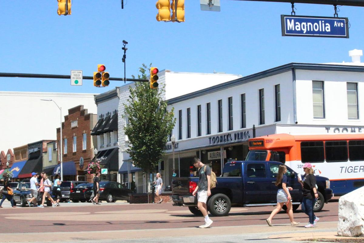 southern living magazine names auburn one of the south 39 s top 10 small towns local news. Black Bedroom Furniture Sets. Home Design Ideas