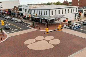 Toomer's Corner, downtown Auburn