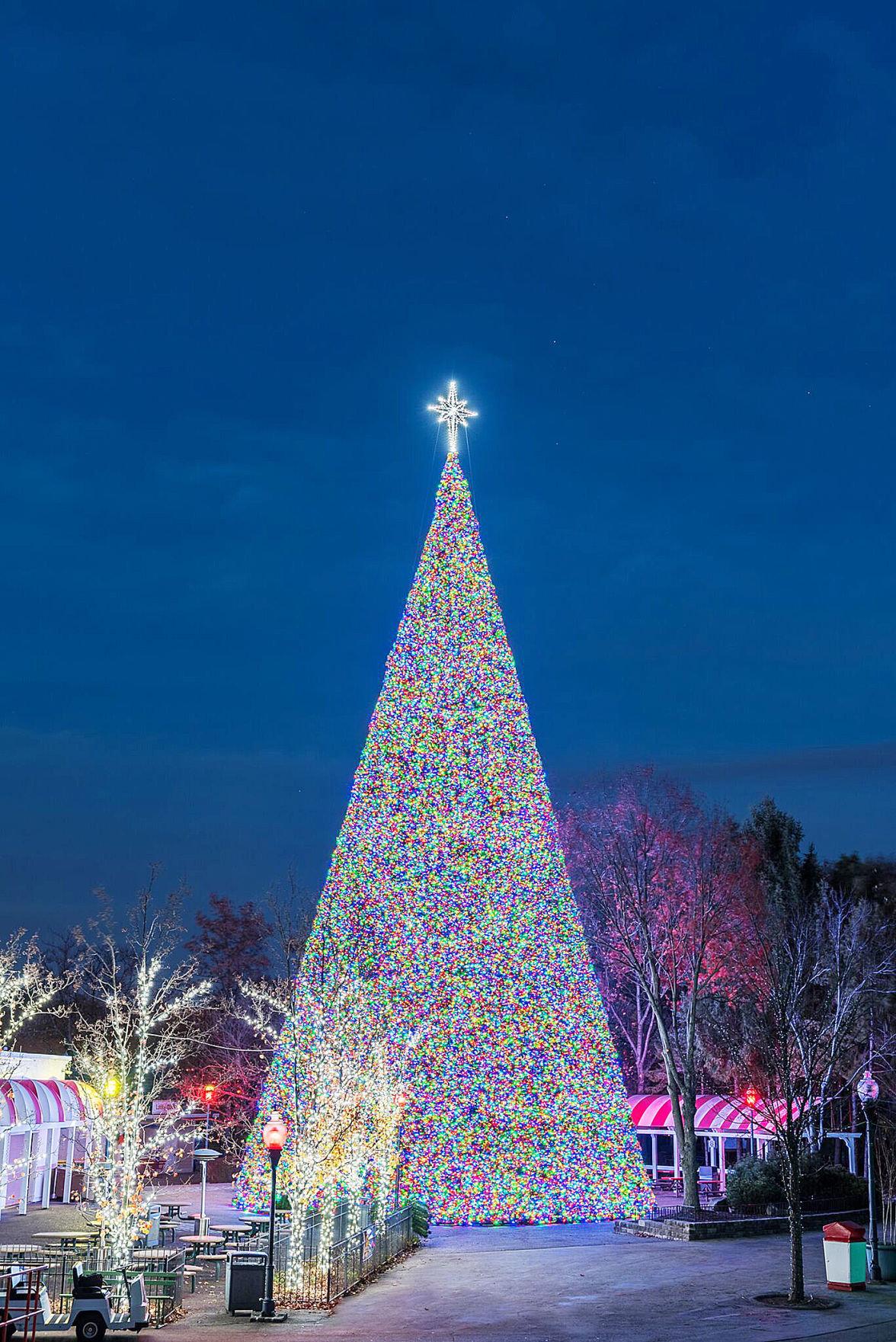 Kennywood lit for the holidays | Community | observer-reporter.com