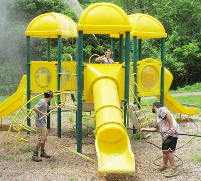 20200604_loc_washingplaygrounds02.jpg