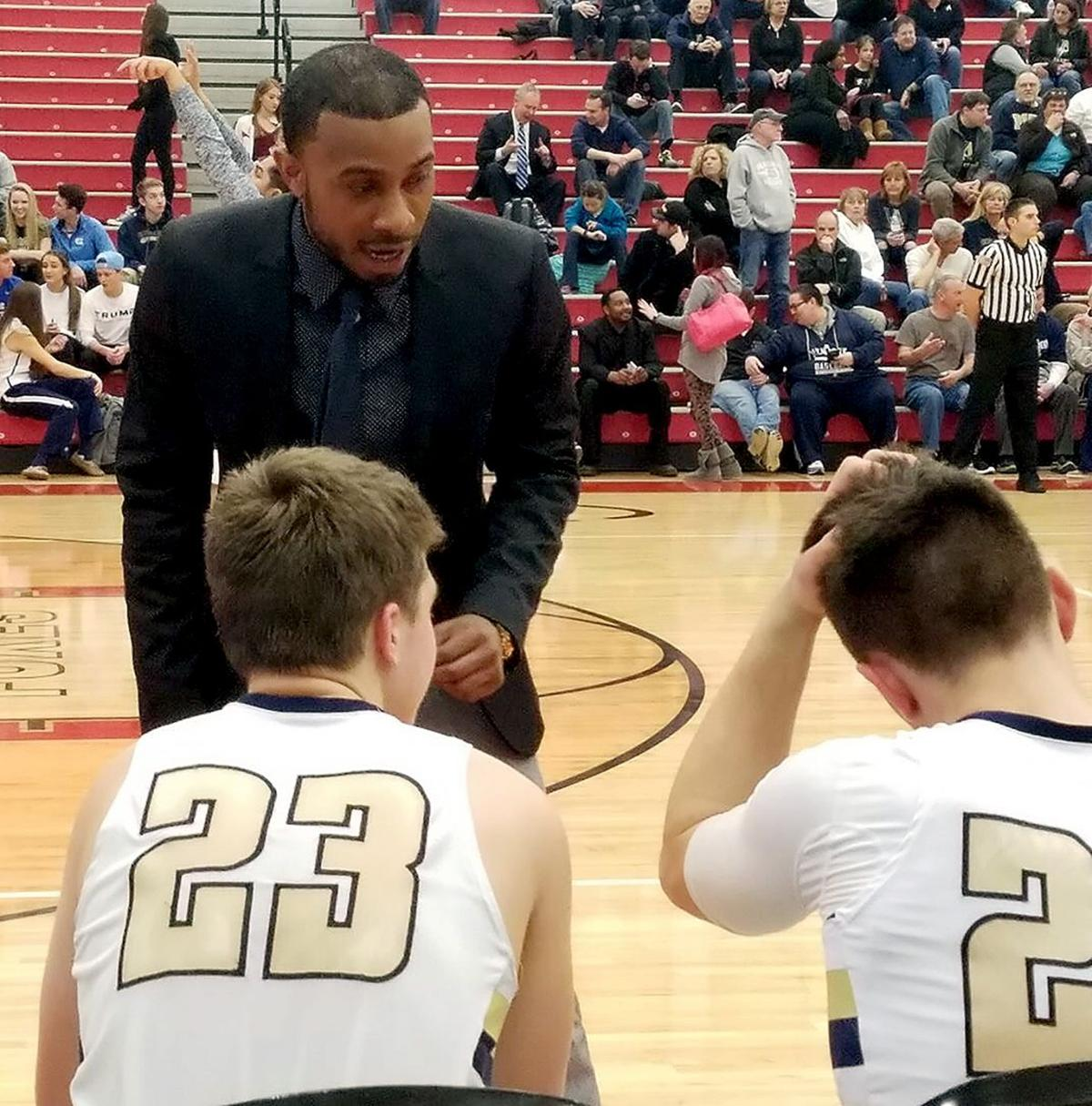 Vincentian basketball turns to former Greyhound Tyree
