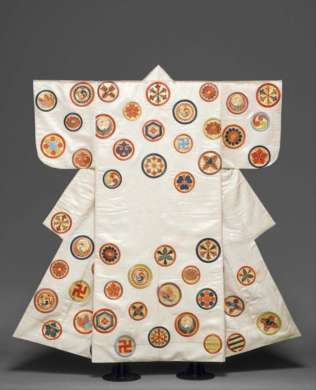 Kimono's evolution reflects changing Japan