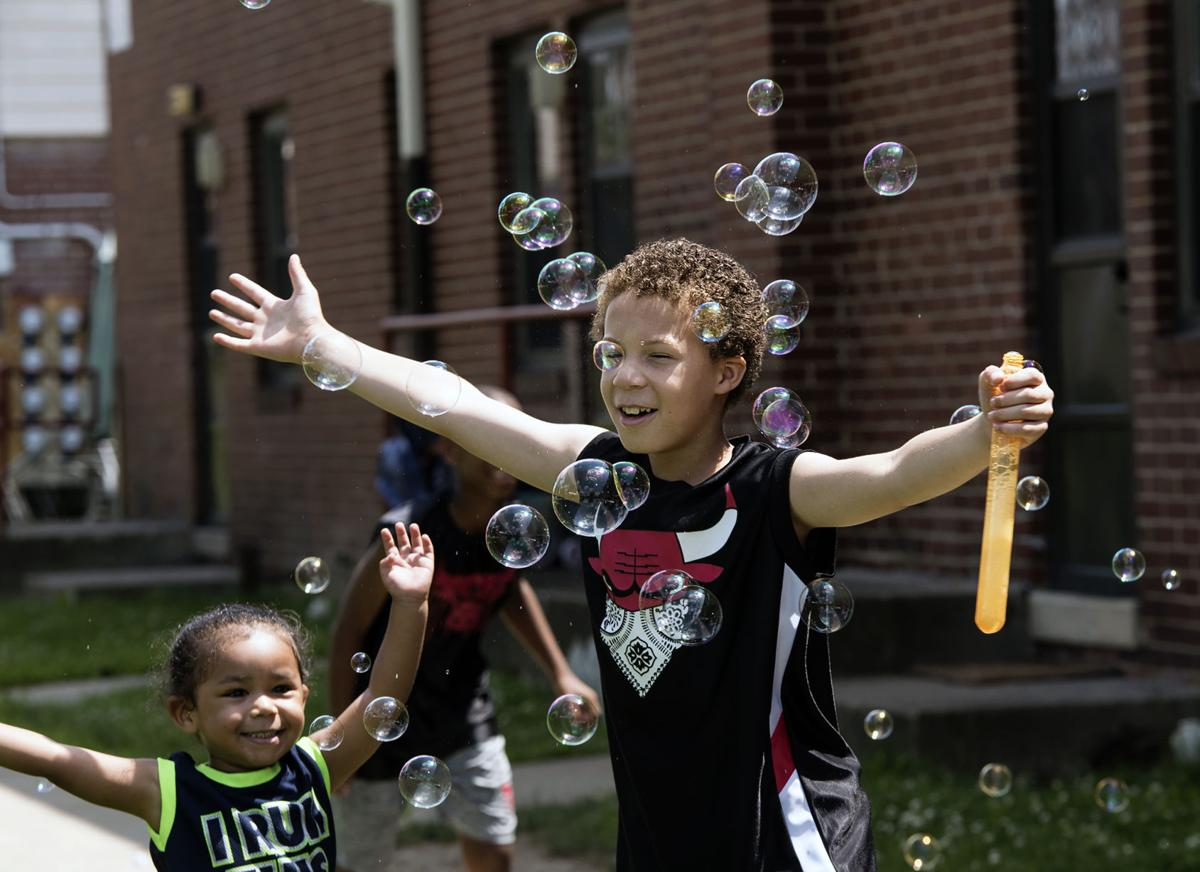 bubble;kids
