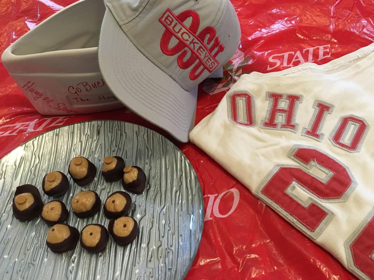 20191204_com_buckeyes and props.JPG