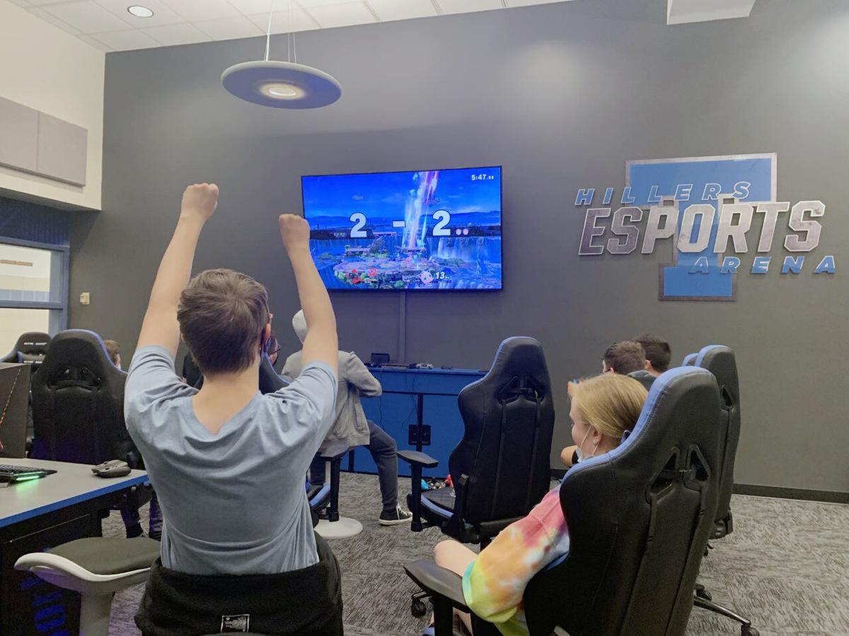20211014_loc_esports3.jpg