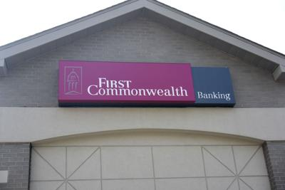 FIRST COMMONWEALTH BANK SIGN