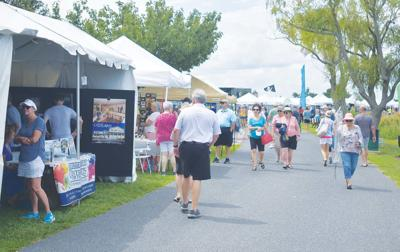 Second ArtX event sees large crowd; over 9,000 attend