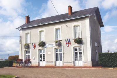 The railway station of Montoire-sur-le-Loir.