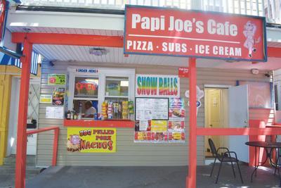 Food industry veteran opens Papi Joe's Café
