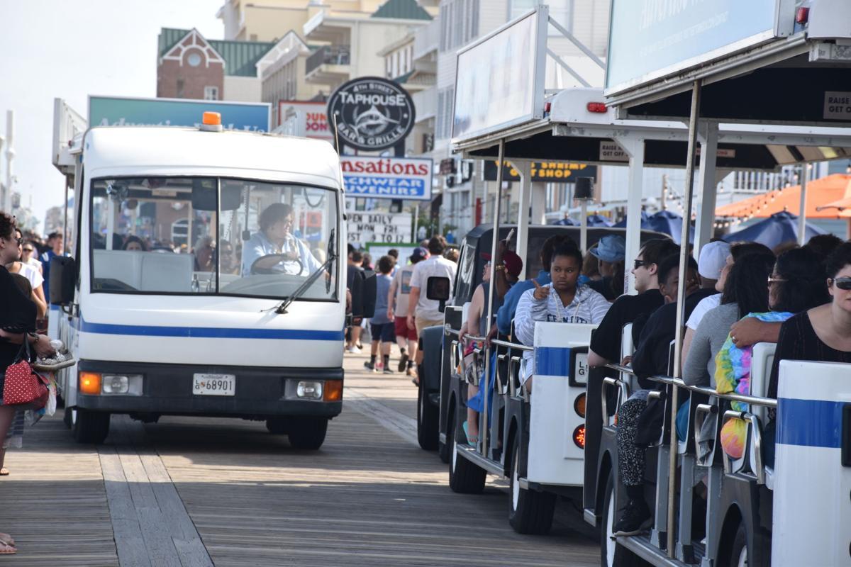 2x Boardwalk trams