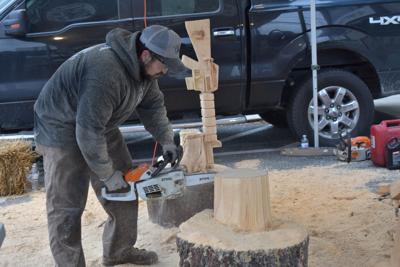 Battlefield carving to be displayed at Veterans Memorial