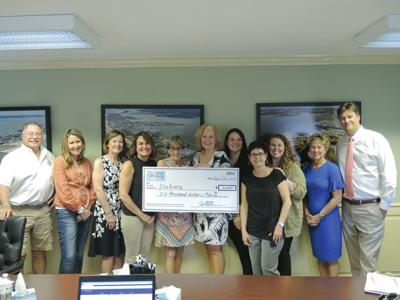4 women group donation