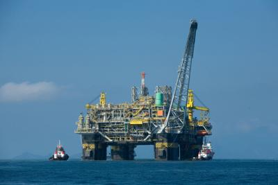 Town hall meeting examines pending offshore oil drilling