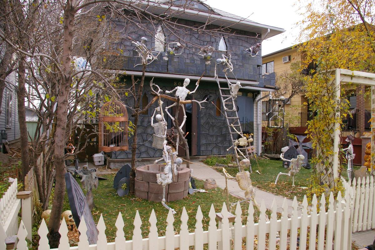 blog easy cheap ways to decorate for halloween entertainment ocollycom