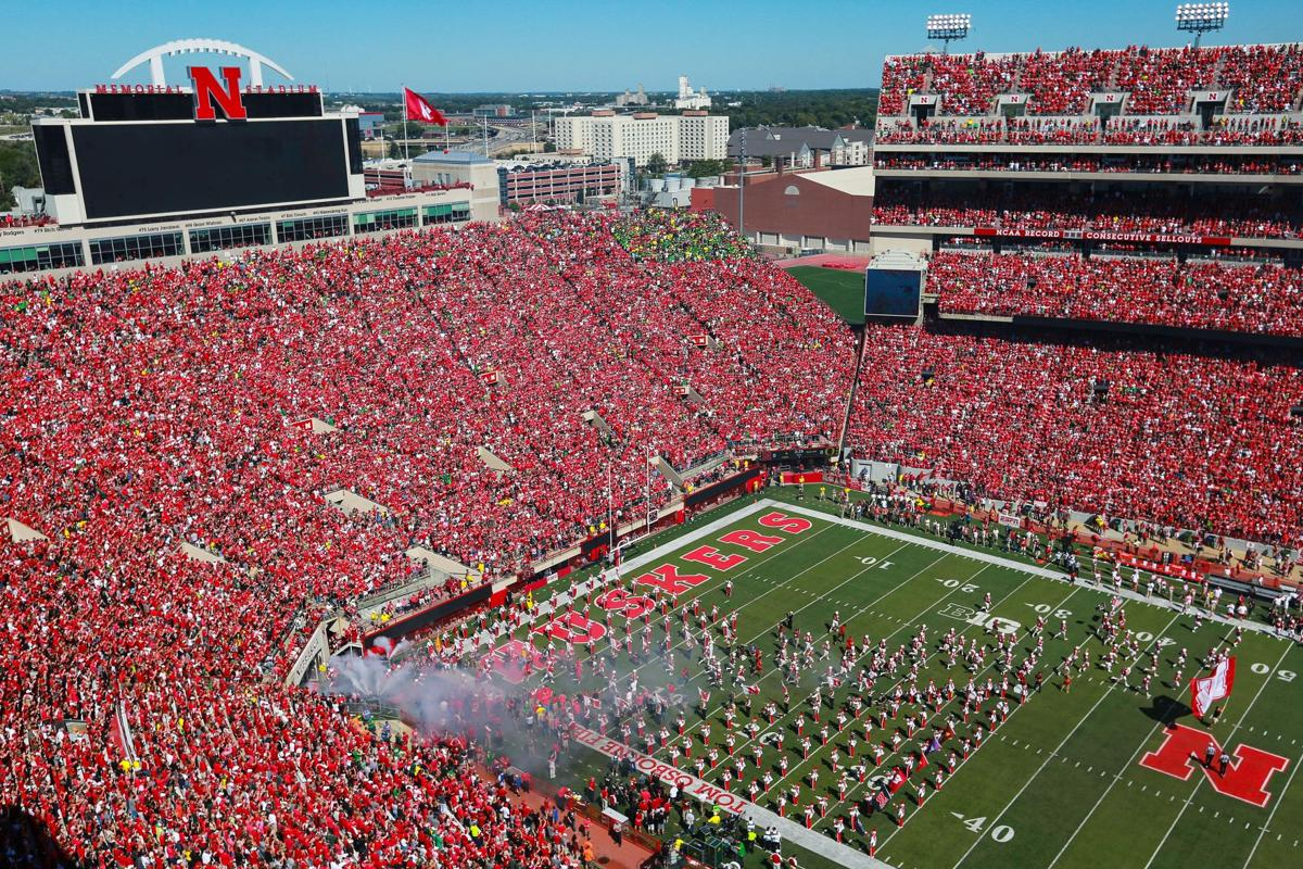 New Screens At Nebraska S Memorial Stadium Will Help All In Sea Of Red To See Action Seat Expansion Also Planned