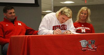 Garrett Nelson signing