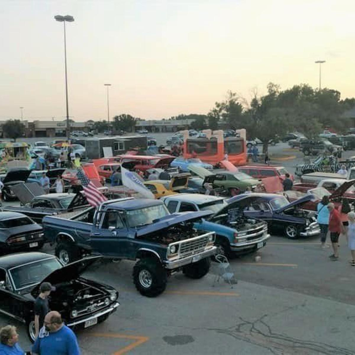 Chevy Club Is Revved For Hot Classic Nights Show On Aug 8 Auto Omaha Com