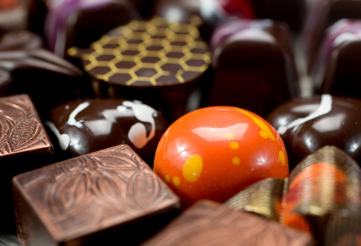 Chocolat Abeille main