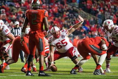 Husker O-line's traffic cop is consistently on the ball