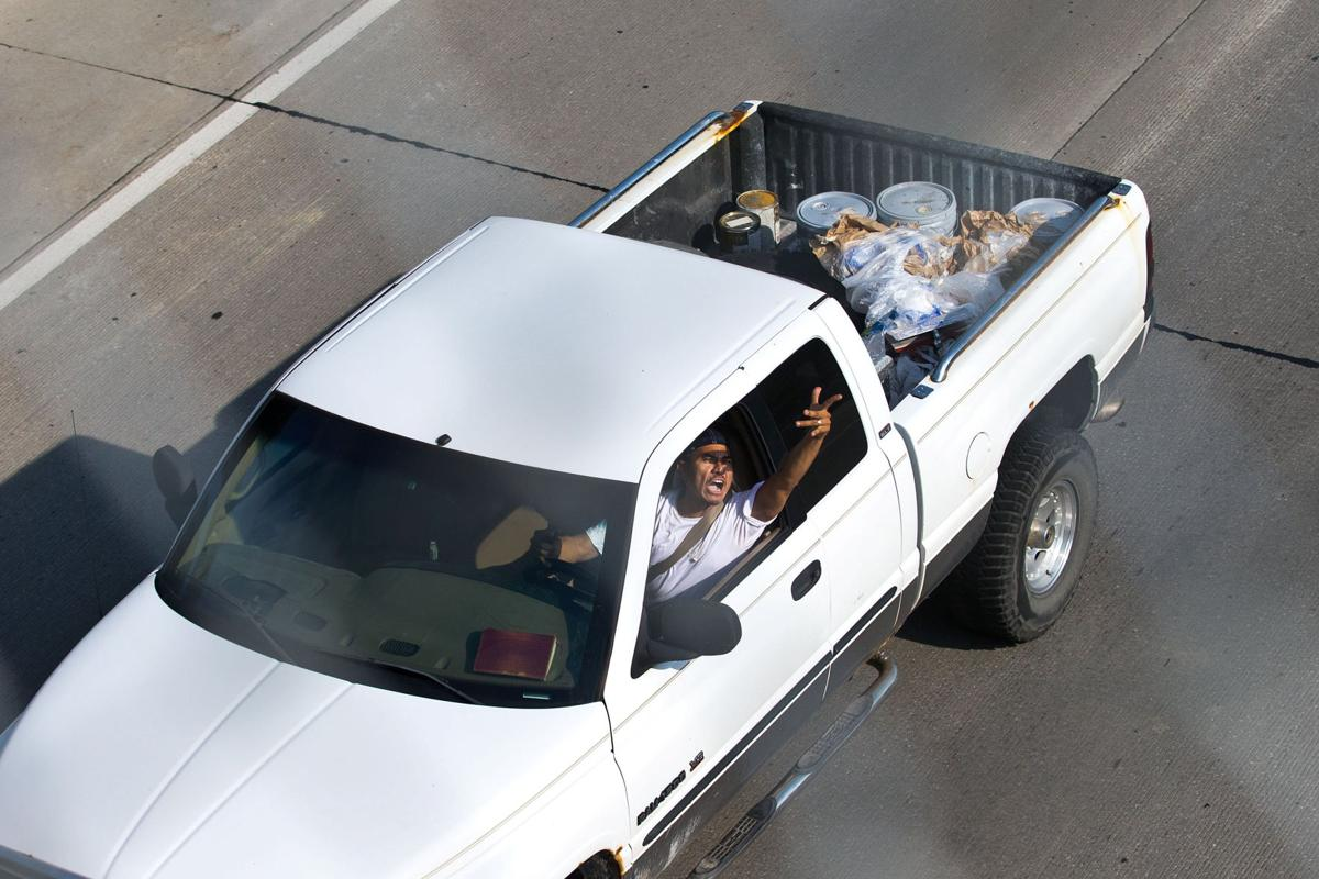 Photos omaha police pursue carjacking suspect in slow speed chase southbound on i 480 malvernweather Gallery