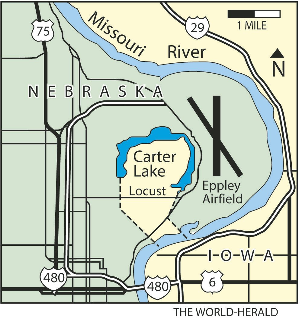 What's the deal with Carter Lake (aka the only Iowa city west of the on