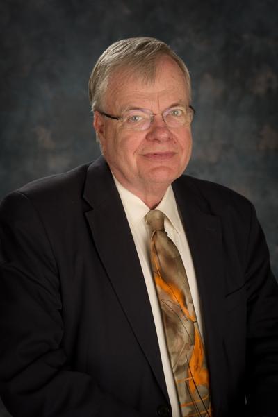 Dr Robert Carlson pic2 (2) (copy)