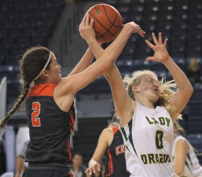 Dacey Nelson scores 33, including 19 in the fourth quarter, to lead Oakland-Craig to win in OT