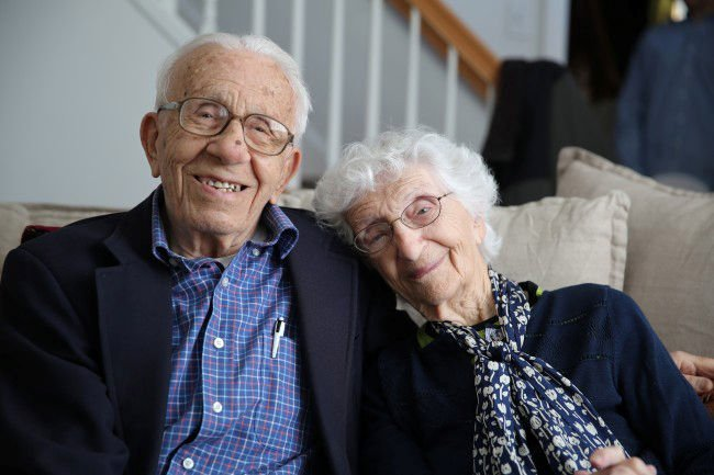Couple married 83 years to give advice on Twitter