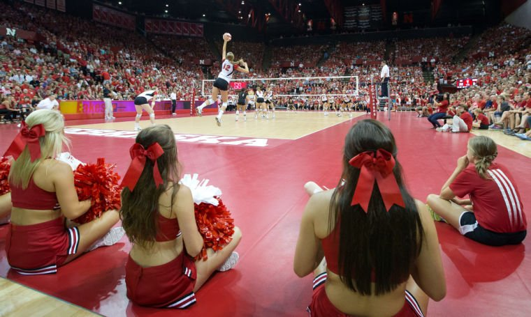 Renovated Devaney welcomes sellout crowd; injury subdues mood