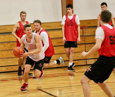 Practice report: After near miss, Elkhorn Mt. Michael aims to break through to state tournament