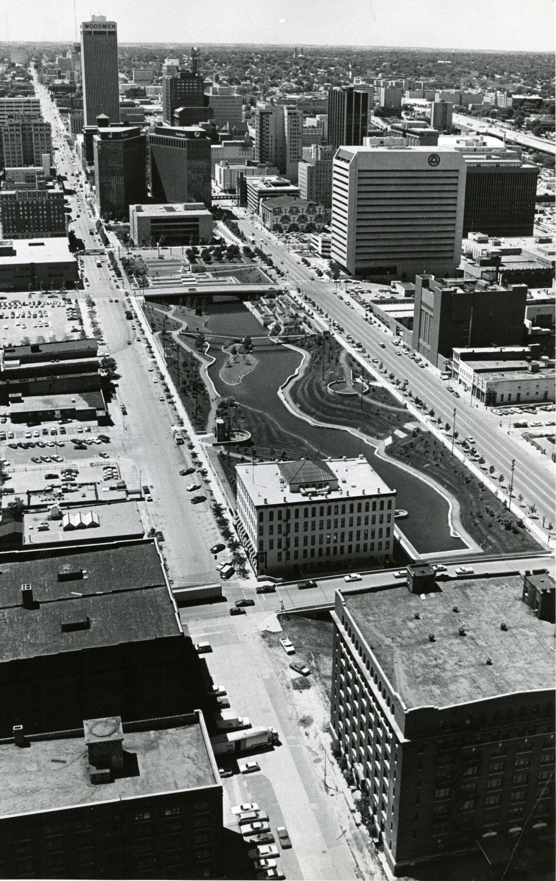 Main photo of downtown mall (web)