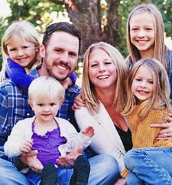 Mike and Michelle Speer with Elli, Adilynn, Emma and Anniston