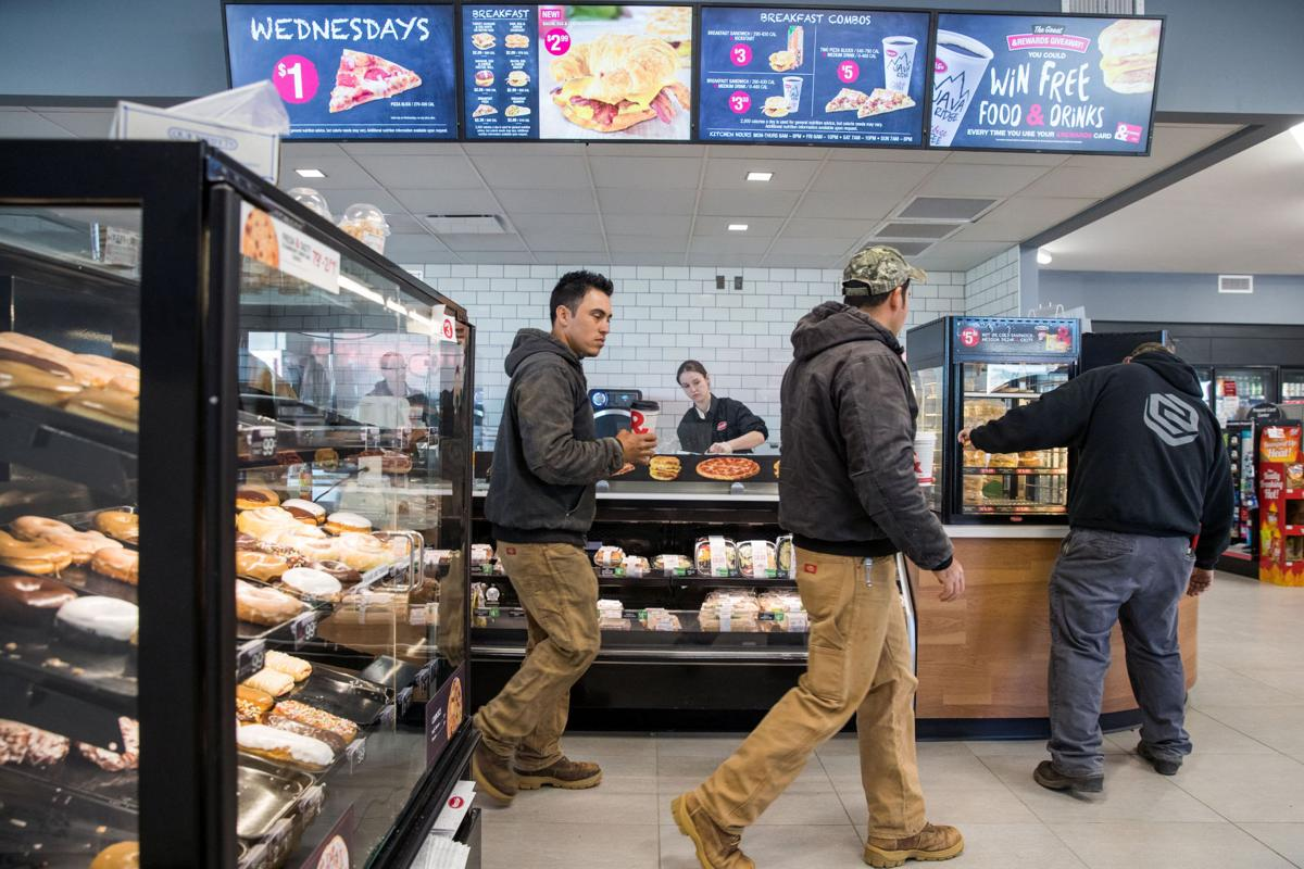 Convenience stores' efforts to put food front and center help keep profits up amid lower fuel sales