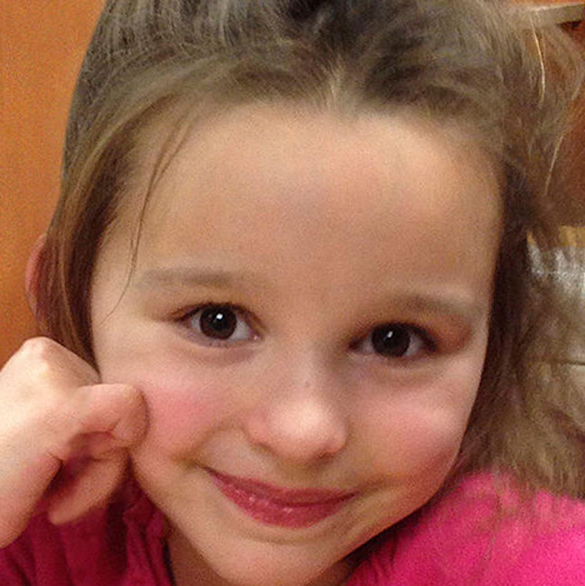 Hundreds come out to celebrate young girl whose life was cut