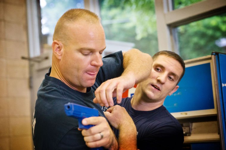 Omaha firefighters take a lesson from police on disarming people