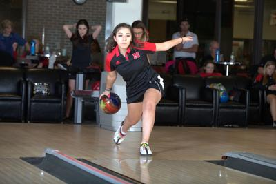 nebraska bowlers will try to stay loose in national title quest