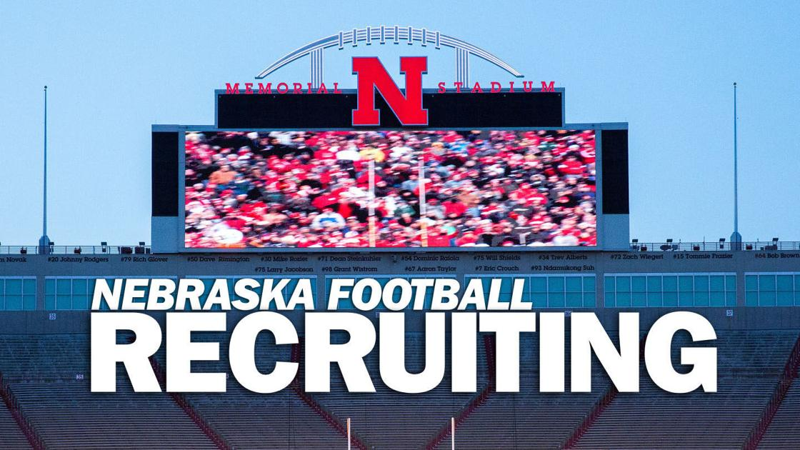 Running back Ashton Hayes commits to Nebraska