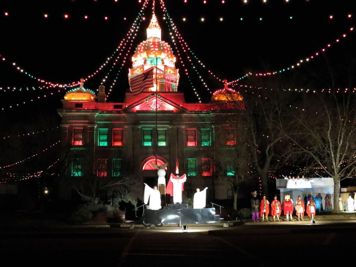 minden nebraska celebrates 100 years of christmas lights