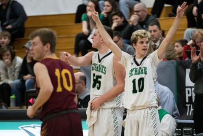 Omaha Skutt boys use string of stops in first half to pull away from Omaha Roncalli