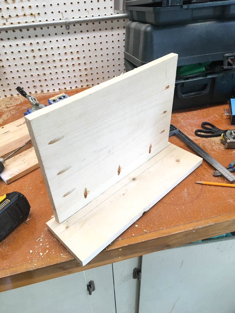 How to build a family charging station