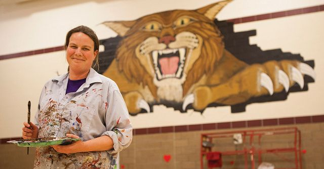 Mural work is flooding in for Bluffs artist