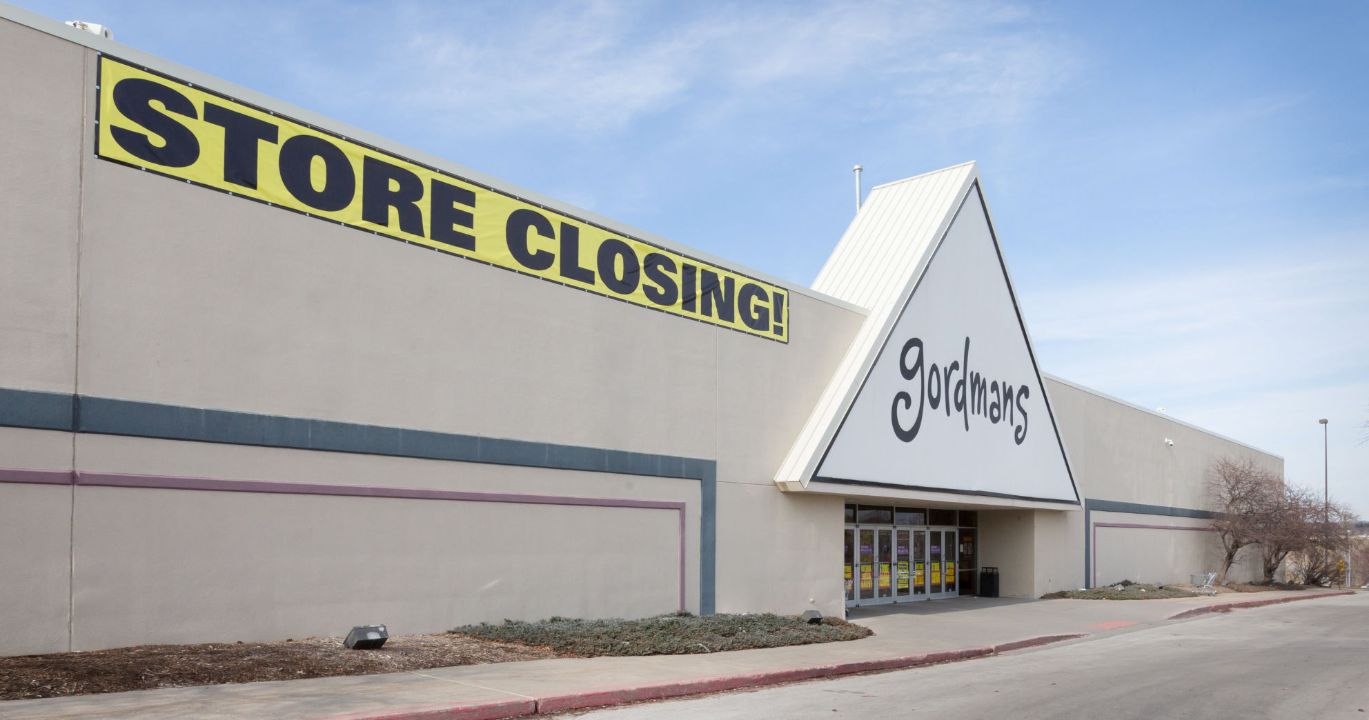 stage stores winner in gordmans bankruptcy auction will operate 50 rh omaha com